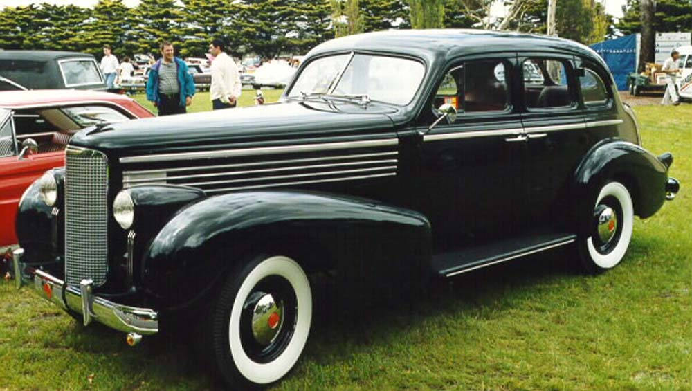 The Cadillac LaSalle Club of Australia with 100s of pictures of